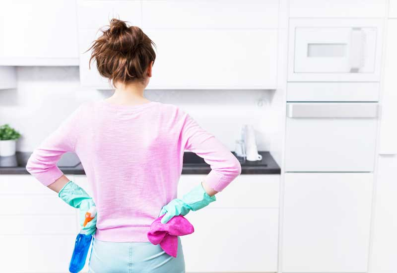 Tips-and-Tricks-for-Keeping-Your-Kitchen-Clean