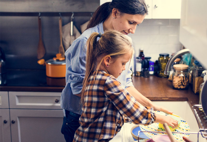 Why-Stay-at-Home-Moms-Shouldnt-Feel-Guilty-Hiring-a-House-Cleaner